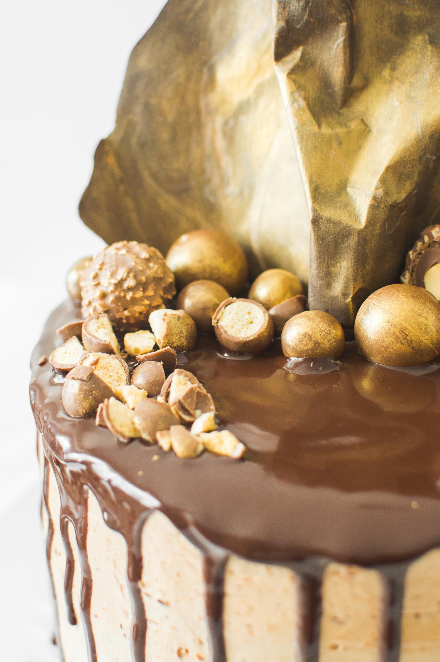 Praline Cake Topping Recipe